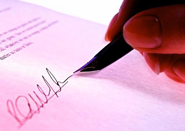 zmluva - Príprava a revízia zmlúv