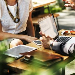 business 2884023 1920 250x250 - Konzultačné služby cesta k výrazným úsporám a úspešnému biznisu
